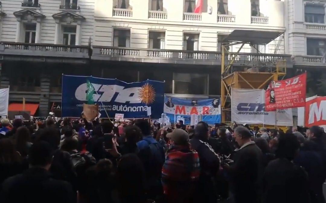 Chile: repudiamos la militarización y la represión y nos solidarizamos con el pueblo